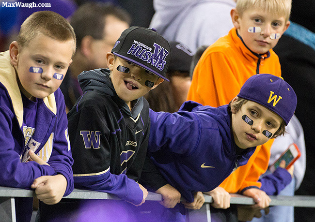 Young Husky Fans
