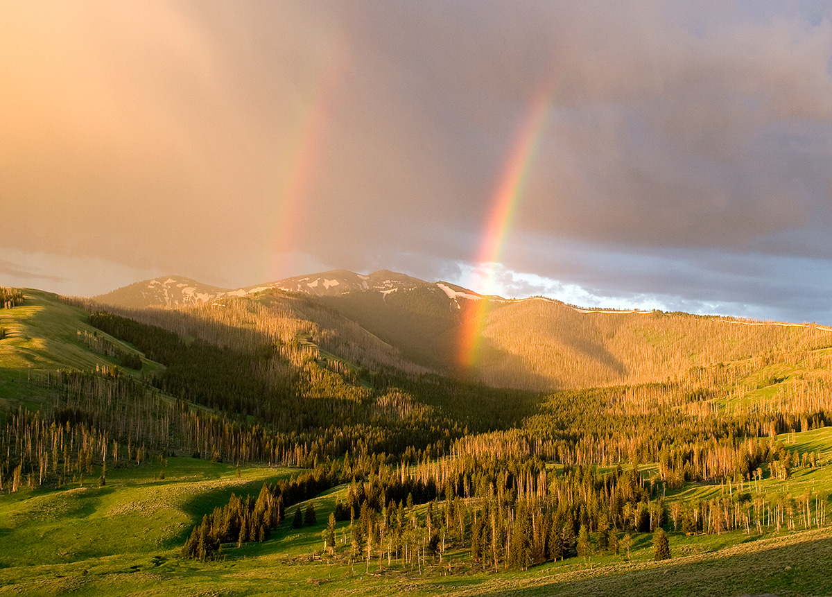 Double rainbow on Mt. Washburn